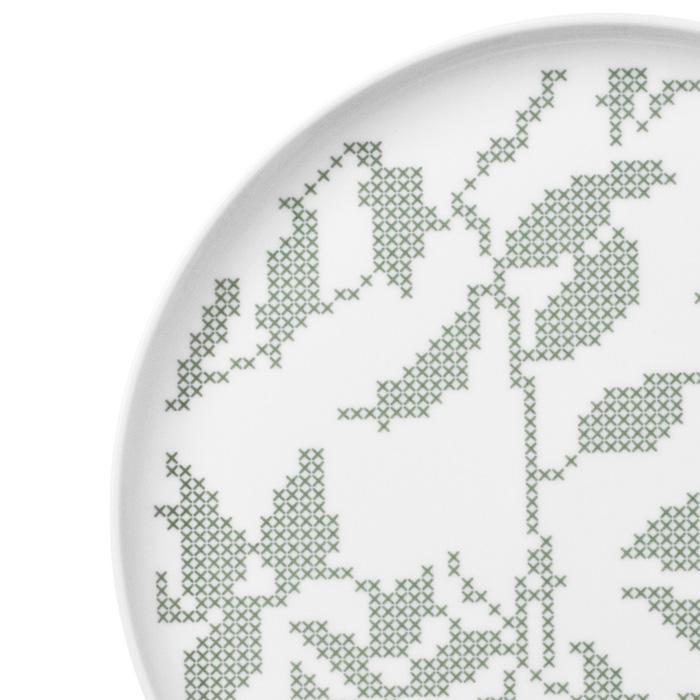 Grey Leaves,グレーリーブス,クロスステッチで模られた葉の模様が印象的