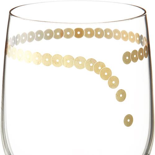 ビーズをまとったワイングラス フチを囲うビーズ
