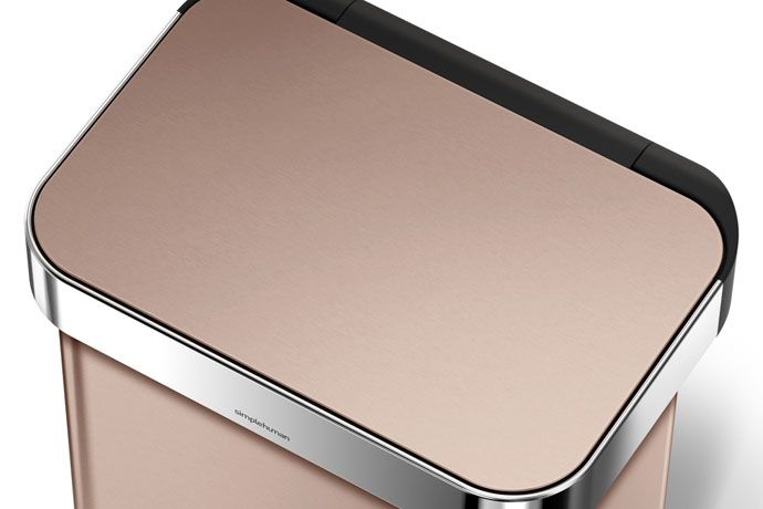 レクタンギュラ—ステップダストボックス30L | simplehuman | 指紋や汚れが付きにくい加工の表面
