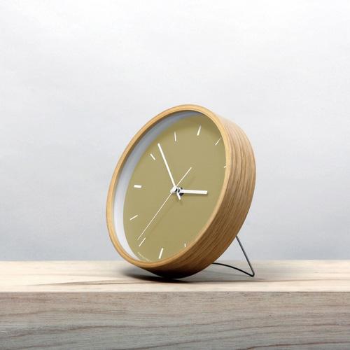 Paint Clock,ペイントクロック,レトロなマスタード,素朴な雰囲気の時計です