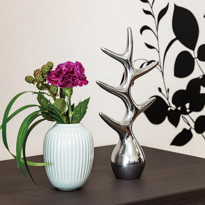 フラワーベース,ハンマースホイ,花の彩りを引き立てるミント