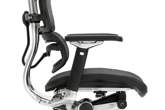 エルゴヒューマンベーシック   「独立式ランバーサポート」で腰への負担を軽減