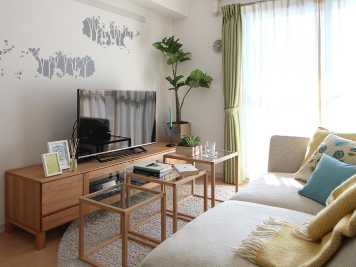 お手入れ不要!,フェイクグリーンセット,ウンベラータ,適度な高さでお部屋にメリハリが付く,置くだけで素敵な空間に