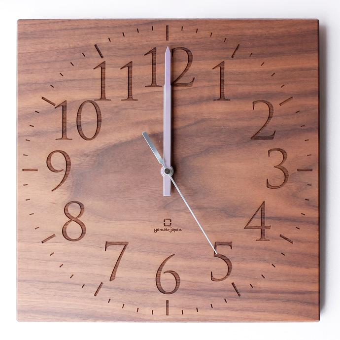 無垢板の時計 | MUKU | ヤマト工芸 | ウォールナット