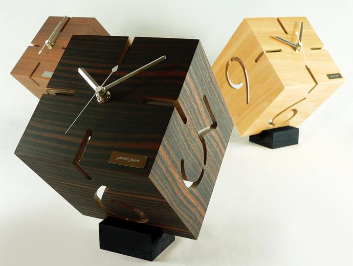 アートな木製時計/ダイス | PUZZLE STAND TYPE M | ヤマト工芸 | 3色並べて