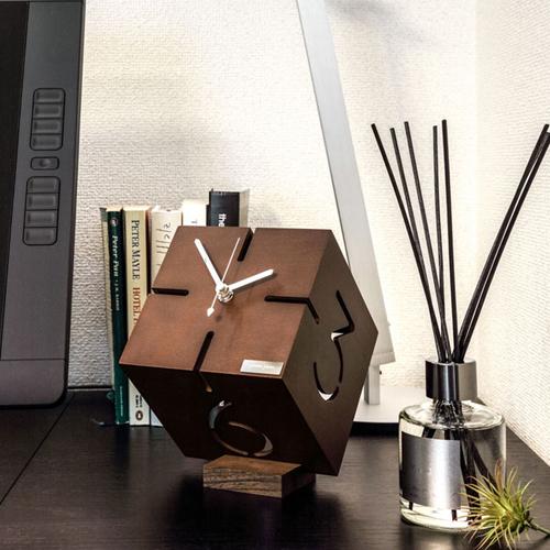 アートな木製時計,ダイス,スタイリッシュな空間を演出◎