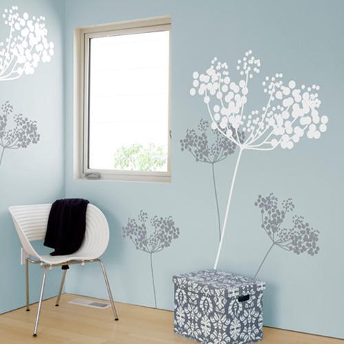 ウォールステッカー,アニス,ホワイト&グレー,色付きの壁に映えるホワイト&グレーのデザイン