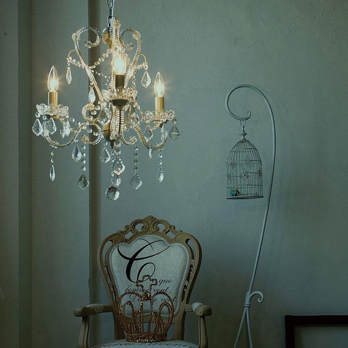 エデン | シャンデリア | ご家庭でも使いやすい仕様 | 十分な明るさ