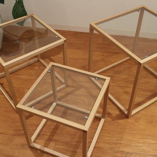 ガラス天板のネストテーブル/ナチュラル
