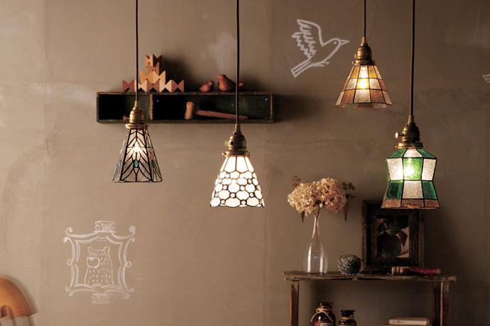 ステンドグラス | ペンダントライト | かわいらしくてお洒落なデザイン | 多灯吊りがおすすめ