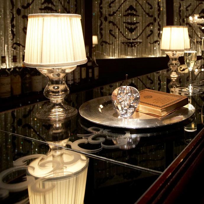 ビクトリアグラススタンド|テーブルランプ|高級ホテルのような空間へ