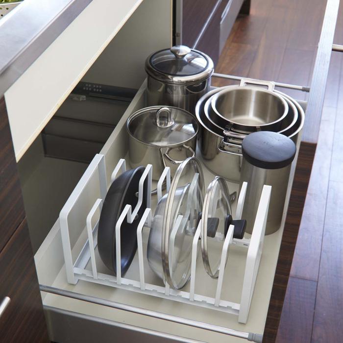 これですっきり!,フライパン&鍋蓋スタンド,ホワイト,フライパンやお鍋の蓋をまとめて収納