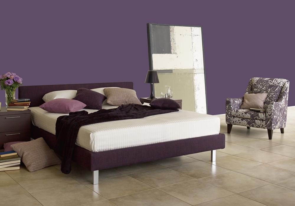 古来より高貴な色とされてきた紫