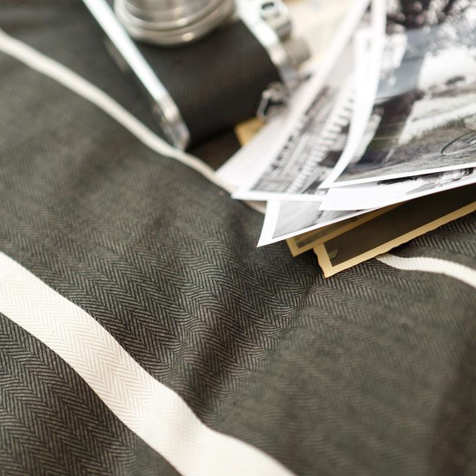 コンフォーターカバー| ゼブラノ | ヘリンボーン織のアップ