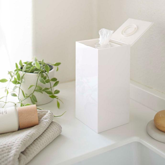 光沢が美しい縦型ウェットティッシュケース | トイレなど水回りに