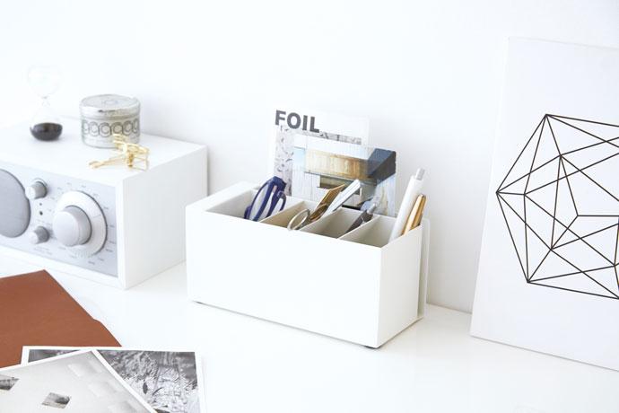 スチール製のペンスタンド | 文房具もまとめて一括収納