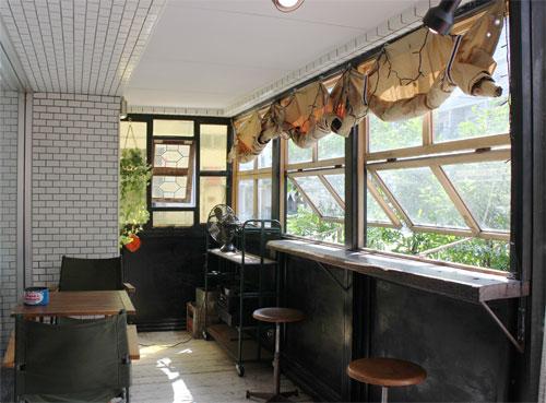 かわいらしいステンドグラス窓